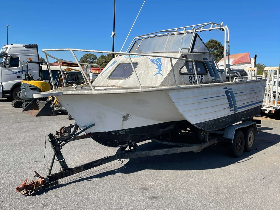 Triple Hull Boat Stessel Power Boat with Custom Made Boat Trailer