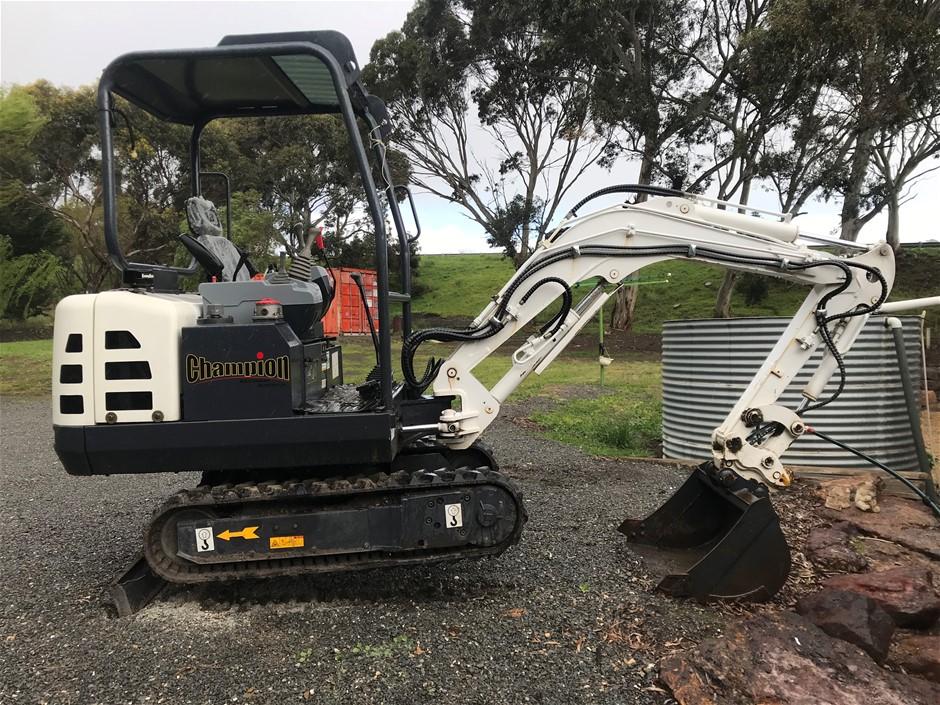 2015 Champion CE22T Mini Excavator