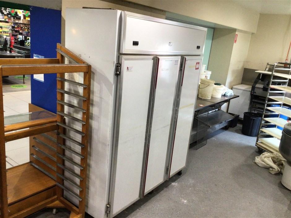 Betta Cool Unknown Triple Door Freezer