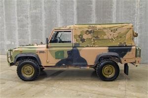 Land Rover 110, 4X4 Cargo Soft Top - 11/