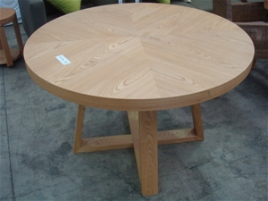 Round Timber Dining Table 1200mm Diameter 760mm High 71574 19 Auction 0