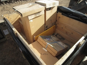 Qty Pallet Crate Of Cat Radial Seal Air Filters Auction