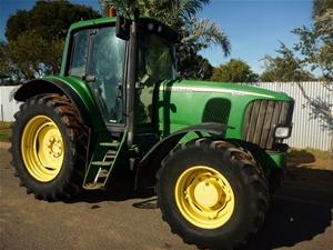 John Deere 6520 Vario FWA Tractor (Premium)