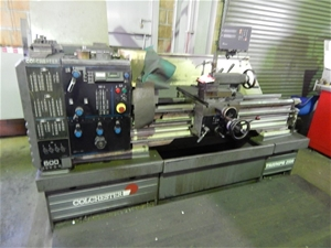 lathe, colchester triumph 2500, 3 & 4 jaw chuck, bed size approx
