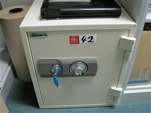 Defiance Safe Company combination / key safe (Type A Asset)