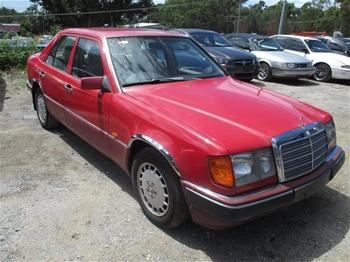 1991 mercedes 124 sedan auction 0009 7006761 for 1991 mercedes benz 300e repair manual