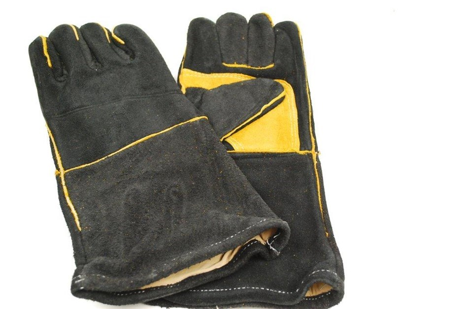 6 x Pairs Leather Welders Gloves, Cotton Lined, Black & Gold. Buyers Note -