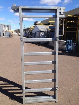Sheep 3 Way Draft Module With Adjustable Width Sides