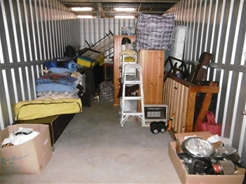 Entire Contents Of Overdue Storage Including Large 8 Seater Black Dining T Auction 0006